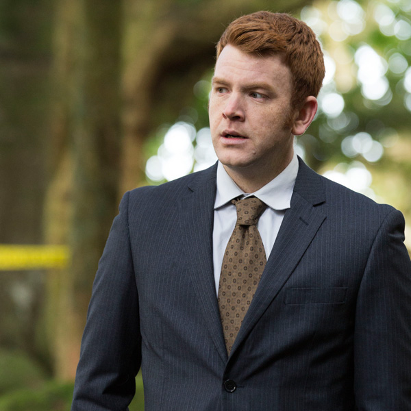 Nic Sampson as Detective Constable Breen
